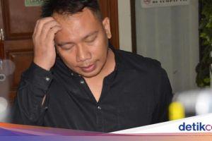 Puja-puji Vicky Prasetyo yang Lagi Pepet Sarita Abdul Mukti