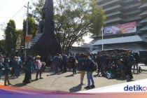 Massa Mahasiswa Semarang Bubarkan Diri, Jalan Pahlawan Dibuka Kembali