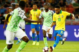 Cedera Neymar Warnai Hasil Imbang Brasil vs Nigeria