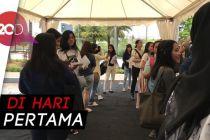 Suasana Penukaran Tiket Konser EXO 'EXplOration' di Jakarta