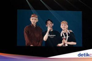 Bikin Heboh Pakai Blangkon dan Busana Jawa, EXO Janji Bakal Kembali