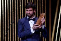 Alisson Becker Kiper Terbaik di Malam Penghargaan Ballon dOr 2019