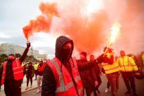 Tolak Reformasi Pensiun, Buruh Prancis Gelar Mogok Kerja Terbesar