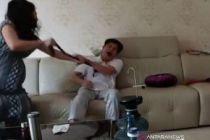 Video Viral KDRT Terhadap Suami, Polisi Dalami Status Pernikahan