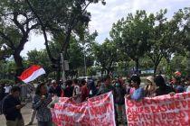 Desak Anies Tutup Diskotek, 3 Massa Berbeda Demo Balai Kota