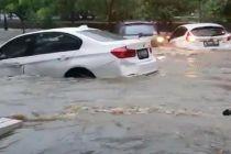 Video Viral BMW Hanyut Dibawa Banjir, Ini Kata Pemiliknya