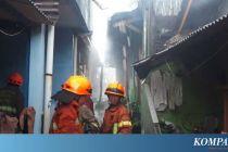 Rumah Dua Lantai di Jatinegara Terbakar Akibat Lilin, Dua Orang Tewas