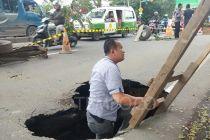 Lihat Jalan Ambles, Wali Kota Tangerang: Ngeri, Jalan Menggantung