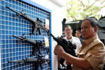 Menhan Prabowo akan Bangun Pangkalan Militer di Natuna