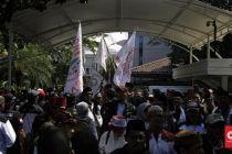 Ingin Bubarkan Jakarta Bergerak, Bang Japar Diadang Aparat