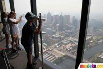 Memantau Asap Kebakaran Hutan dari Gedung Tertinggi di Melbourne