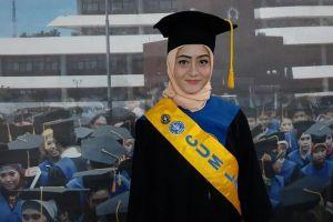Pernah Kerja di Laundry, Mahasiswi Cantik Ini Akhirnya Jadi Lulusan Terbaik FKH IPB University