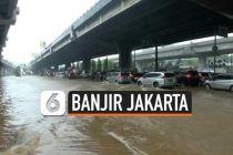 VIDEO: Banjir di Jalan DI Panjaitan Jakarta Timur
