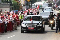 Ratusan Siswa SD Antusias Sambut Presiden Joko Widodo