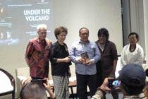 Under the Volcano Dipentaskan di Teater Ciputra Artpreneur Jakarta