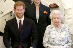 Mantan Pelayan Sebut Pangeran Harry Adalah Cucu Kesayangan Ratu Elizabeth, Ini Alasannya