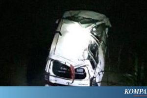 Mobil Tercebur ke Sungai di Blitar, Sopir Tewas