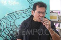 Jadi Sopir Taksi Online di Film, Mathias Muchus Berkaca ke Jokowi