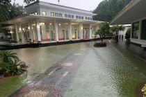 Banjir Sempat Rendam Kawasan Istana Kepresidenan Jakarta