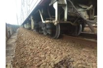 KRL Commuter Line Jakarta Kota-Bogor Anjlok di Lintas Jayakarta