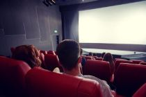 Polling CNN Indonesia: Corona Tak Halangi Penonton ke Bioskop