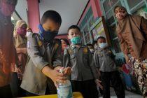 Keceriaan Murid-Murid TK Mencuci Tangan untuk Antisipasi Corona