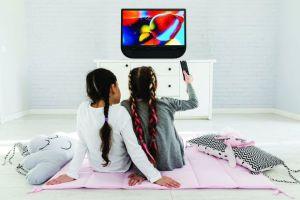 Sharp Indonesia Goda Konsumen dengan TV Aquos IIOTO Series