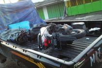 Pickap Lawan Motor di Mojokerto, Seorang Tewas Dua Luka