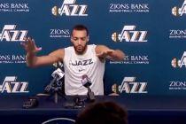 Positif Virus Corona, Pemain NBA Ini Bantu Pekerja Stadion Basket