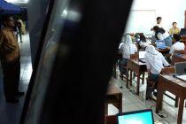 Pemerintah Lakukan Pengaturan Khusus Penundaan Ujian Nasional