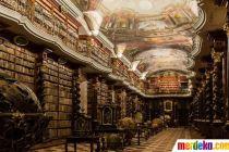 Melihat Salah Satu Perpustakaan Terindah di Dunia yang Ada di Praha, Ceko