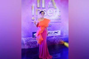 Selalu Tampil Stylish, Yuni Shara Raih Penghargaan Fashionable Women