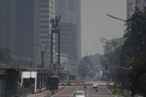 Hari Pertama PSBB, Jalan Protokol Jakarta Lengang