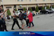 Fakta Aktivis FKM-RMS Terobos Polda Maluku hingga Pengibaran Bendera Benang Raja