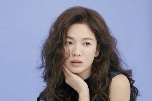 Song Hye Kyo Pemotretan Sensual dan Berkelas di Ranjang, Cantiknya Paripurna