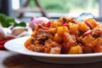 Ide Masakan Rumahan: Masakan Mudah untuk Buka Puasa, Resep Sambal Goreng Kentang Hati Ayam