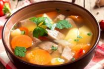 Resep Sahur: Sup Daging Kaya Rempah ala Padang