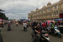 Jelang Lebaran, Pasar Malam Kian Menjamur di Jakarta Barat