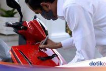 Kok Bisa Pemenang Lelang Motor Listrik Jokowi Ketakutan Ditagih?