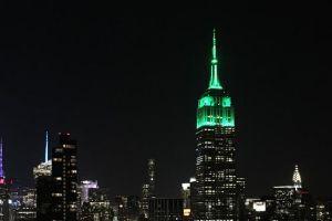 Nuansa Hijau Empire State Building Peringati Idulfitri