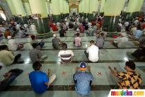 Masjid Kauman Semarang Kembali Gelar Salat Jumat di Tengah Pandemi