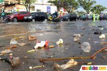 Saluran Air Tersumbat, Sebagian Ruas Jalan Margonda Tergenang