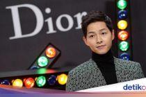 Dikabarkan Pacari Pengacara, Song Joong Ki sedang Sibuk Pemotretan