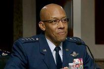 AS 'Dihantam' Masalah Rasisme, Trump Cetak Sejarah Angkat Jenderal Militer Kulit Hitam Pertama
