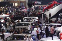 Penjualan Mobil di Indonesia Makin Ambruk pada Mei