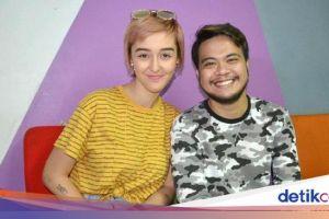 Putuskan Cerai, Reza SMASH dan Istri Masih Romantis di Momen Lebaran