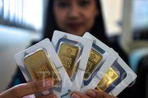 Hari Ini, Harga Emas Antam Tak Bergerak di Rp 930.000 per Gram