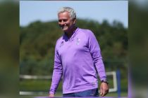 Jose Mourinho Janjikan Trofi Tottenham Sebelum Kontrak Habis