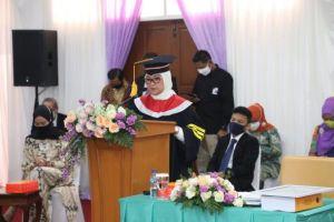 Menaker Ida Fauziyah Raih Gelar Doktor Ilmu Pemerintahan