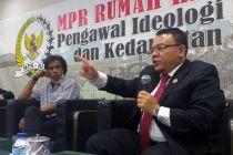 Data Penduduk Miskin Kacau, Ada Anggota DPR Terima Bantuan
